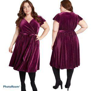 NEW Modcloth Timeless Embrace Velvet Midi Dress